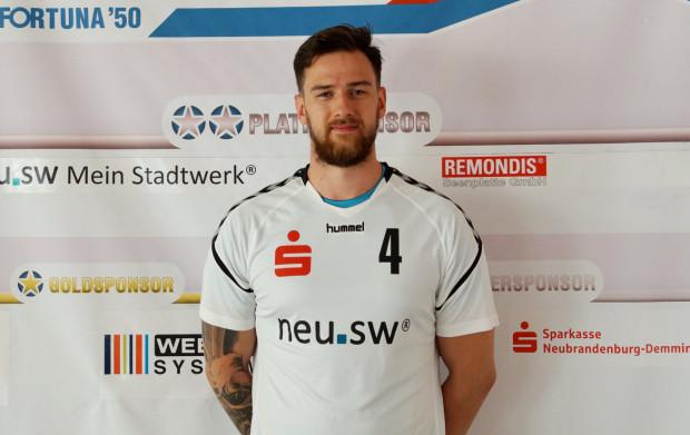 Łukasz Całujek dołączył do szczypiornistów Arki Gdynia. Rozgrywający zadebiutuje już w niedzielę przeciwko Pogoni Szczecin.