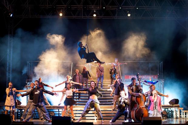 """Musical """"Metro"""" to przełom w polskim musicalu i początek polskich spektakli muzycznych w dzisiejszym rozumieniu. Ponownie zobaczyć go można w Trójmieście 10 marca w Ergo Arenie."""