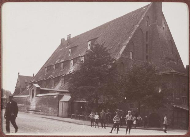 Wielki Młyn w 1910 roku. Zdjęcie ze zbiorów Muzeum Gdańska.