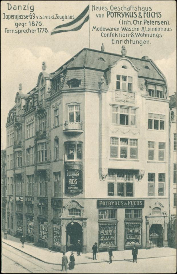 Druga z siedzib Domu Handlowego Potrykus&Fuchs, na rogu ul. Piwnej i Kołodziejskiej, między 1907 a 1911. Ze zbiorów Krzysztofa Gryndera.