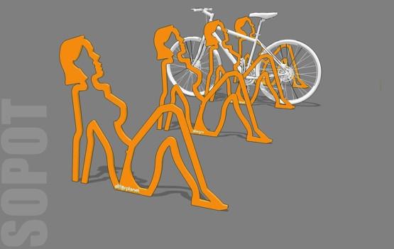 Stojak rowerowy w postaci plażowiczki zdobył 53% głosów.
