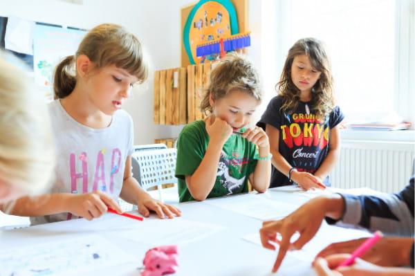 Jednym z najbardziej kameralnych miejsc do rozpoczęcia edukacji dla dziecka w Trójmieście jest Żyrafia Osada.