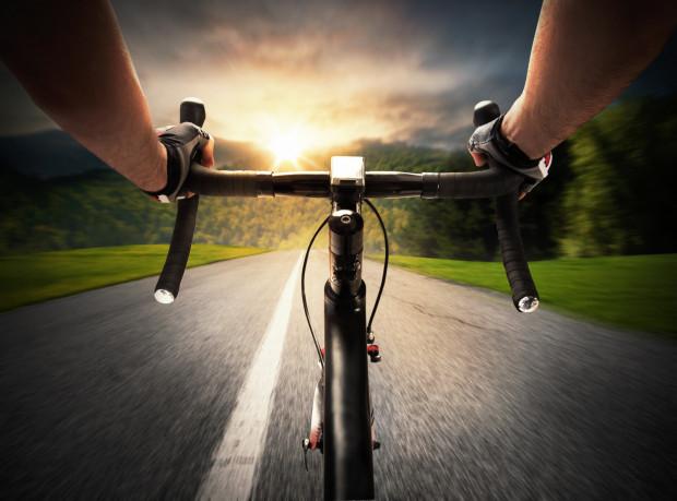 Jazda na rowerze szosowym to ogromna frajda i satysfakcja.