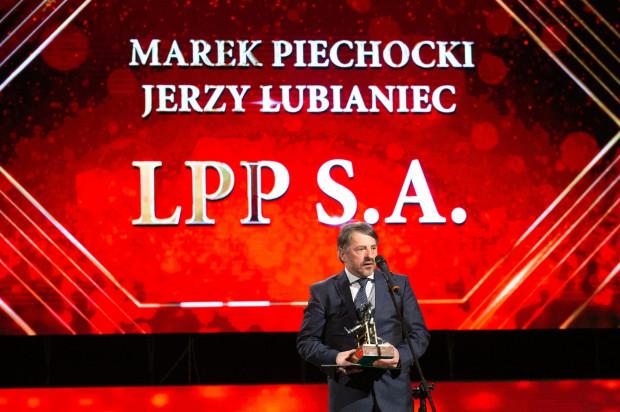 Statuetkę dla twórców LPP odebrał Sławomir Łoboda wiceprezes firmy.