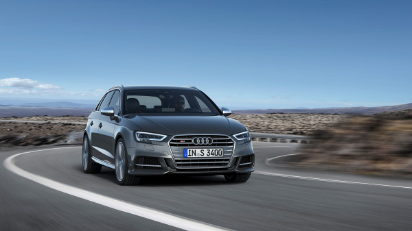 Bazowa wersja Audi S3 jest tańsza od RS3 o ponad 70 tys. zł.