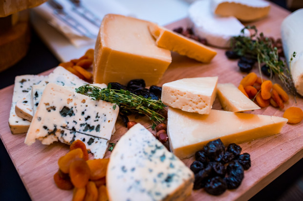 Prawie w każdym menu degustacyjnym znajdziemy kilka rodzajów serów.
