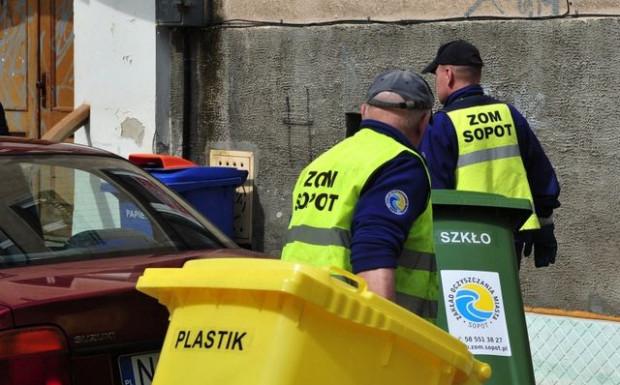 Urzędnicy tłumaczą podwyżkę zwiększeniem kosztu transportu i utylizacji odpadów oraz wzrostem tzw. opłaty środowiskowej.