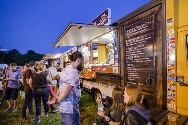 W weekend oficjalnie rozpoczniemy kolejny sezon na food trucki.