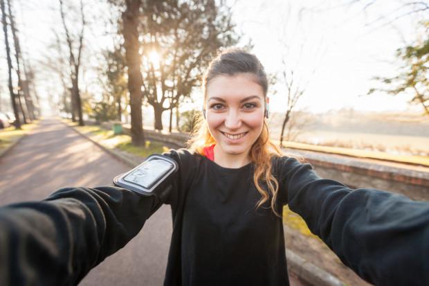 Moda na treningowe selfie wciąż ma się świetnie