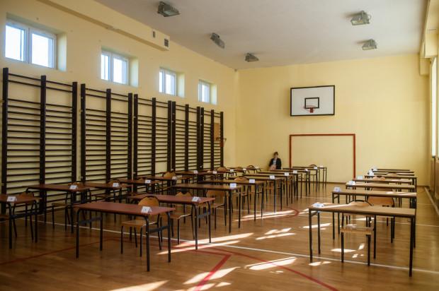 Kwiecień i maj będą miesiącami egzaminów kończących szkołę.