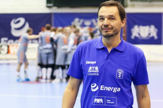 Thomas Orneborg udanie rozpoczął pracę w Enerdze Wybrzeżu. Duński szkoleniowiec ma utrzymać zespół w Superlidze.