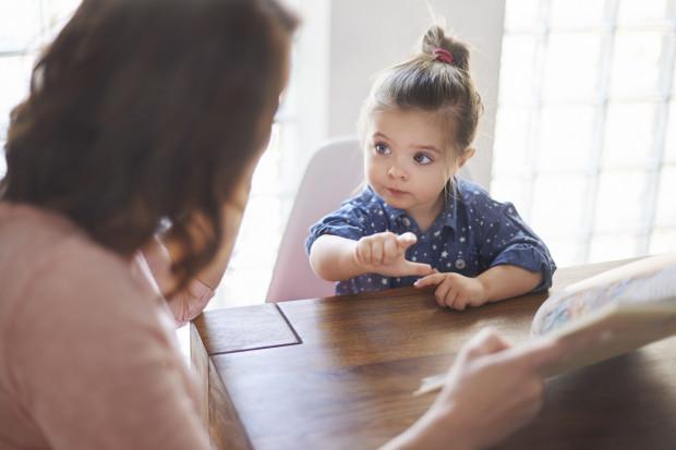Jak książki mogą pomóc odpowiedzieć dziecku na różne pytania?