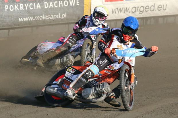 Krystian Pieszczek wrócił do Wybrzeża po czterech latach. Już w pierwszym meczu był liderem gdańskiej drużyny i poprowadził ją do wygranej.