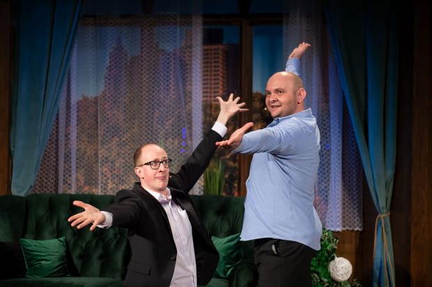"""""""The Big Bang"""" to półtoragodzinna zwariowana komedia, której sukces lub porażka w 100 procentach zależą od talentów komediowych i wokalnych Marka Sadowskiego (po lewej) i Marcina Słabowskiego (po prawej)."""