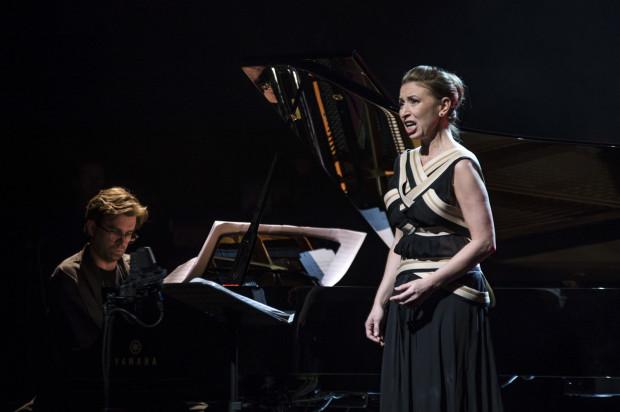 Na zakończenie gali Marek Brach (fortepian) oraz Anna Zawisza (sopran) zaprezentowali Sonety Williama Szekspira w opracowaniu muzycznym Pawła Mykietyna.