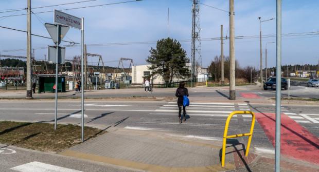 Oznakowanie zostanie odświeżone m.in. na ul. Rdestowej i Chwaszczyńskiej.