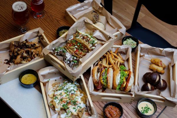 """Sopocka """"Piątka"""" ma chyba najciekawszą ofertę kulinarną spośród wszystkich trójmiejskich multitapów."""