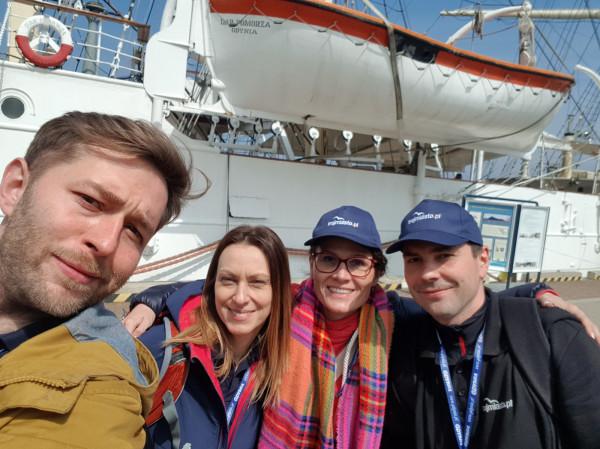 Najlepsza w grze miejskiej okazała się załoga złożona z przedstawicieli naszego portalu w składzie - na zdjęciu od lewej: Mateusz Skowronek, Katarzyna Przyborowicz, Aneta Cedrowska i Patryk Szczerba.