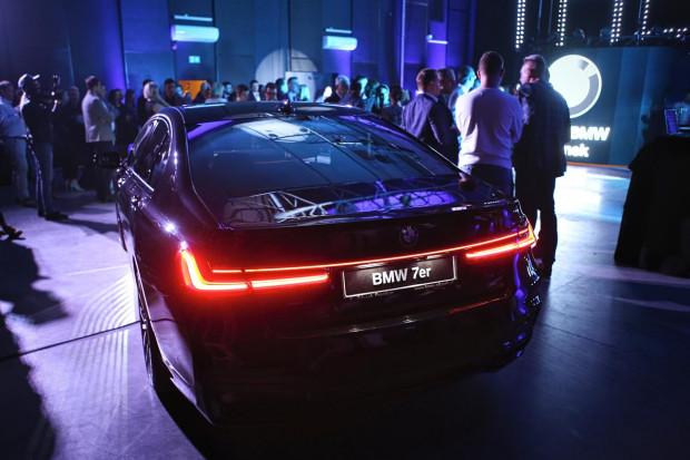 Przy okazji premiery X7 zaprezentowano również zmodernizowane BMW serii 7.