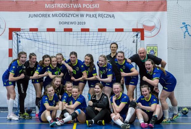 SPR Gdynia - brązowe medalistki mistrzostw Polski 2019 juniorek młodszych w piłce ręcznej.