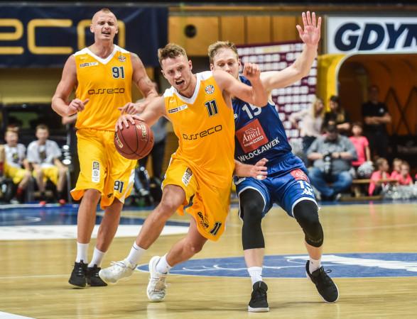 W tym sezonie Arka Gdynia już trzy razy wygrała z Anwilem Włocławek. Gdy żółto-niebiescy dokonają tego jeszcze raz w play-off, awansują do finału, a rywale stracą szansę na obronę tytułu mistrzowskiego.