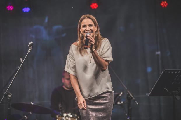Anna Dereszowska otworzy sezon koncertowy w parku Oruńskim.