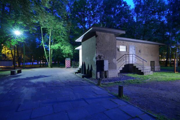 Na Westerplatte będzie można zwiedzić w nocy budynek wartowni i elektrowni.
