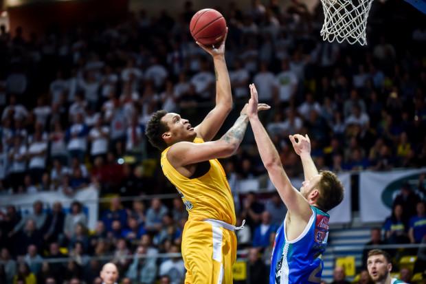 Zdaniem koszykarza Arki Gdynia historia z pierwszego meczu, gdy stracili znaczną przewagę, nie może się powtórzyć.