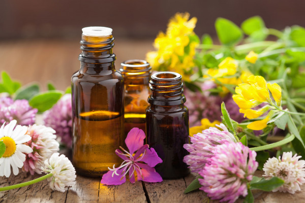 Oleje roślinne zawierają wielonienasycone kwasy tłuszczowe, które pozytywnie wpływają na organizm.