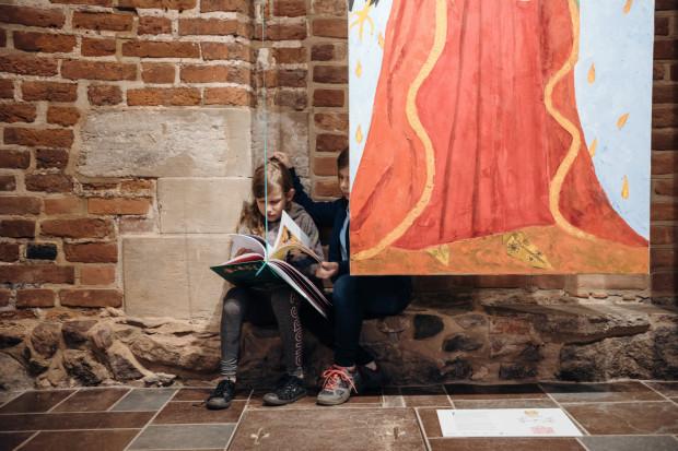 Podczas Festiwalu Literatury dla Dzieci zostanie przyznana nagroda dla najlepszej książki dziecięcej. Czytelniczki podczas ubiegłorocznego Festiwalu.