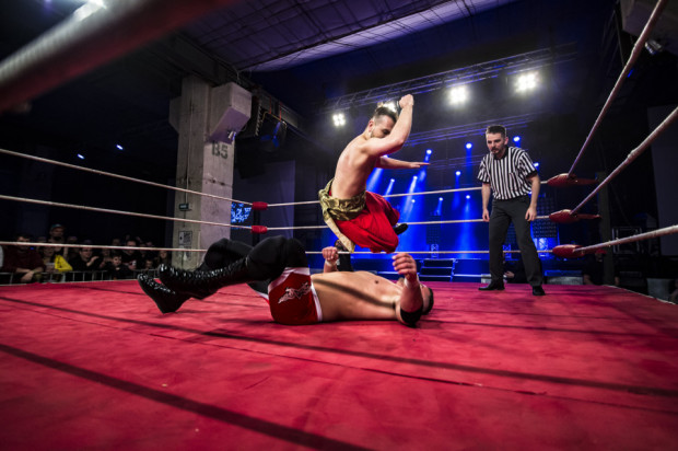 Najbardziej widowiskową atrakcją zbliżającego się SzlamFestu będzie tradycyjna gala wrestlingu, podczas której zaprezentują się nie tylko polscy zapaśnicy. Ring ponownie stanie w klubie B90.