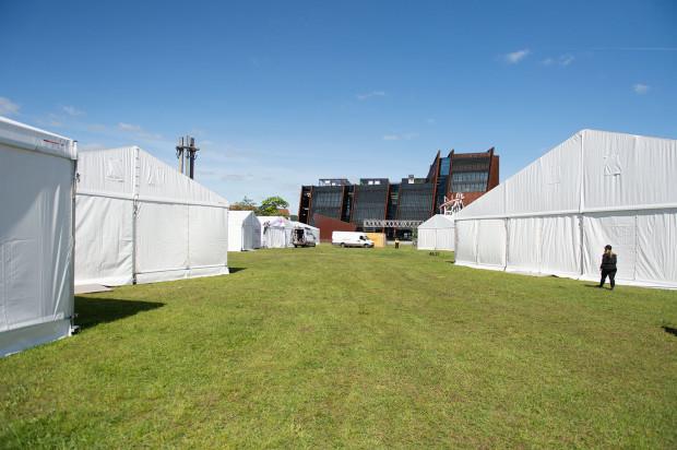 W okolicy ECS stanęło 14 namiotów organizacji pozarządowych, w których zaplanowano ponad 1000 wydarzeń.