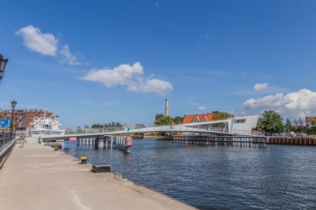 Przez 2,5 godziny we wtorek, 4 czerwca, kładka na Ołowiankę będzie dostępna wyłącznie dla pieszych. Z kolei w sobotę i niedzielę, przez 1,5 godziny będzie otwarta, by mogli przepłynąć pod nią uczestnicy regat o puchar Mariny Gdańskiej.