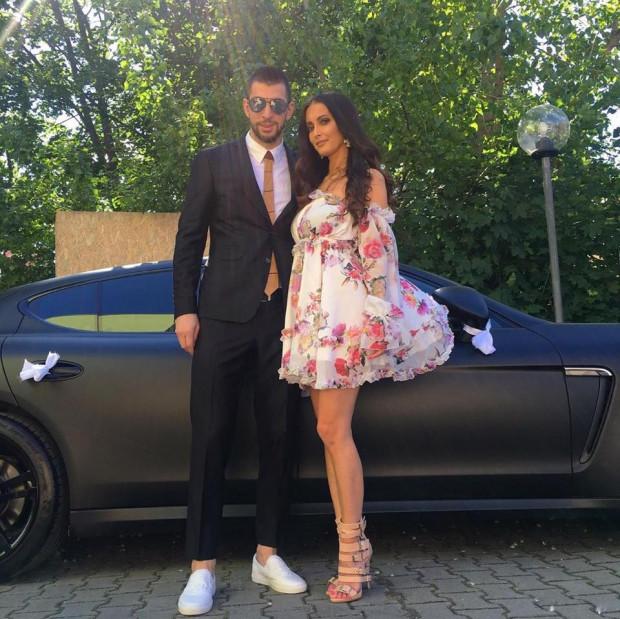 Dusan Kuciak razem z żoną jako goście weselni.