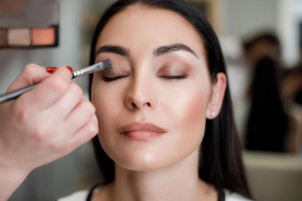 Zanim zdecydujemy się na produkty do pielęgnacji cery i makijażu, warto poznać jej typ i odcień.