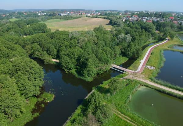 Początek kanału Raduni - przekop widoczny po prawej stronie