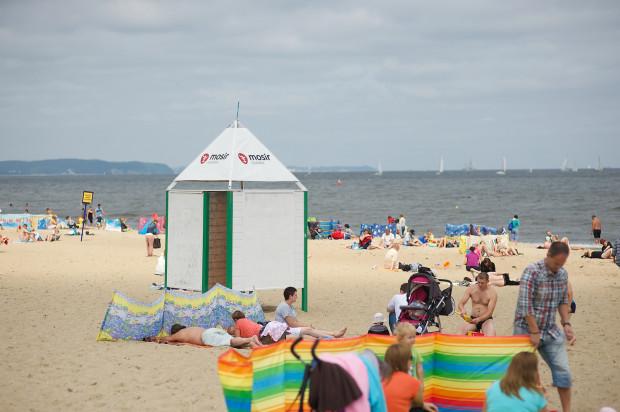 Na gdańskich plażach stanie w tym sezonie jedynie 15 przebieralni.