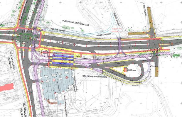 Przeprojektowane skrzyżowanie Nowej Bulońskiej z Warszawską i Jabłoniową. W ramach inwestycji przedłużona na południe zostanie linia tramwajowa widoczna po prawej stronie jezdni.