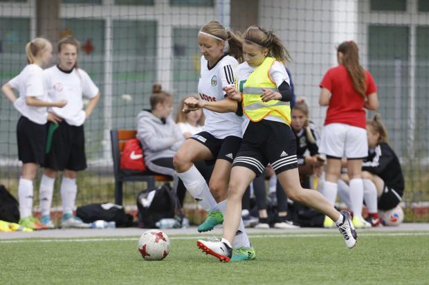 W kultowym turnieju piłkarskim dla amatorów na Zaspie tradycyjnie zagrają zarówno zespoły męskie, jak i żeńskie.