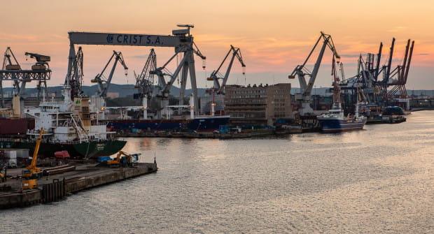 Budowa Drogi Czerwonej ma pozwolić na rozwój portu w Gdyni.
