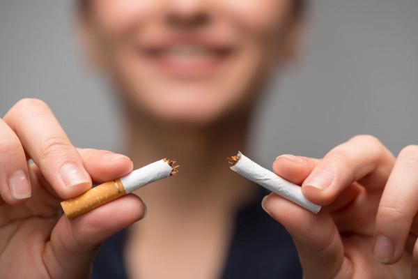 Jak wynika ze statystyk WHO, każdego roku na choroby, które wywołane są przez palenie papierosów, umiera ok. 6 mln osób na świecie, z czego 600 tys. w wyniku biernego palenia.