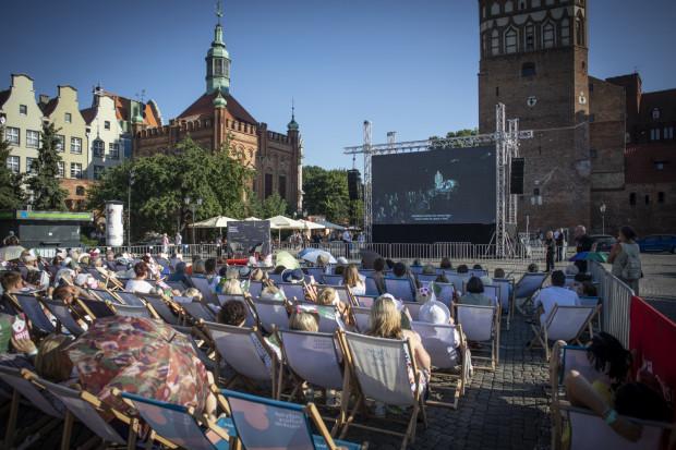 Organizatorzy wydarzenia z Instytutu Kultury Miejskiej przygotowali w tym roku aż 900 miejsc siedzących. Jednak część z nich pozostała pusta.