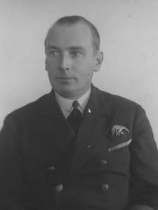 Komandor Karol Trzasko-Durski, dziś patron naszych  lotników, przed II wojną światową dowódca Morskiego Dywizjonu Lotniczego.