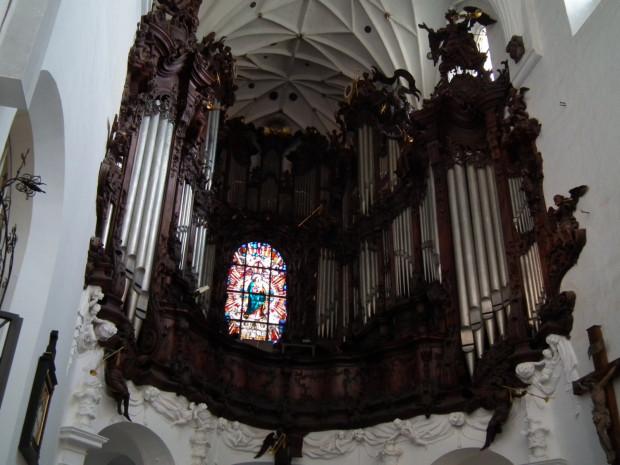 We wtorki i w piątki można posłuchać muzyki organowej w katedrze oliwskiej, w ramach 62. Międzynarodowego Festiwalu Muzyki Organowej.
