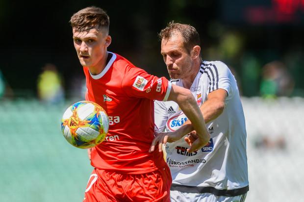 Paweł Żuk przyznaje, że w Lechii Gdańsk trenuje ciężej niż w drużynach juniorskich Evertonu, w których spędził 4 ostatnie lata.