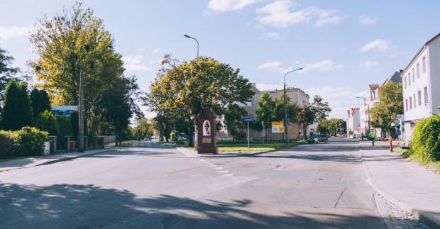 Jeszcze nie wiadomo, gdzie zostanie przeniesiona kapliczka. Może stanąć na placu lub na środku ronda.