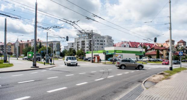 Skrzyżowanie Rdestowej i Nowowiczlińskiej będzie przebudowywane po raz drugi w ostatnich latach.