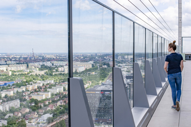 Taras widokowy na 32 piętrze.