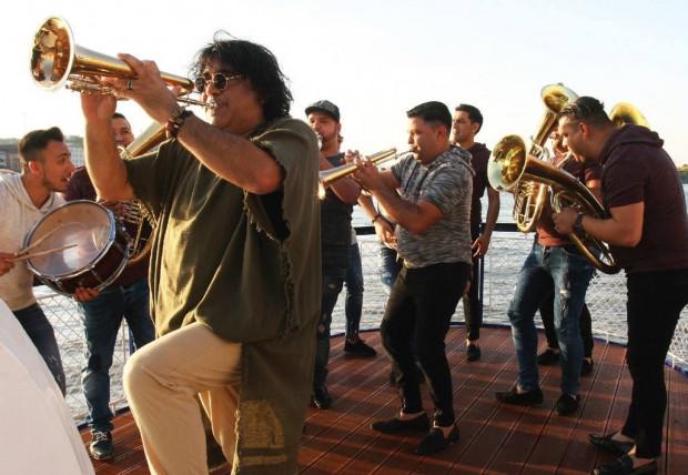 Orkiestra Bobana Markovića zagra uwielbiane przez festiwalowiczów bałkańskie rytmy.