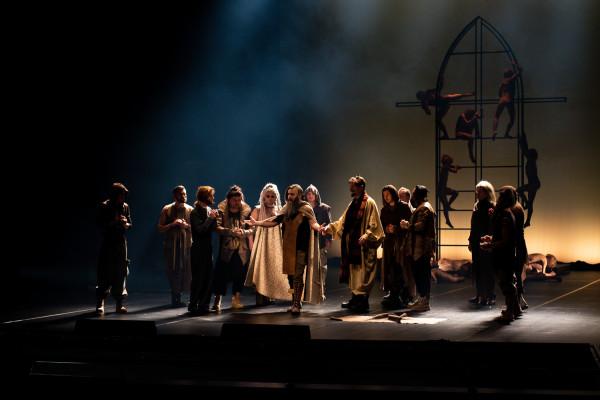 """Jednym z tytułów, które w najbliższym sezonie znajdą się na afiszu Opery Bałtyckiej, jest """"Thaïs"""" (na zdjęciu) Julesa Masseneta w reżyserii Romualda Wiczy-Pokojskiego, który wyreżyseruje również pierwszą premierę nowego sezonu - """"Olgę""""."""